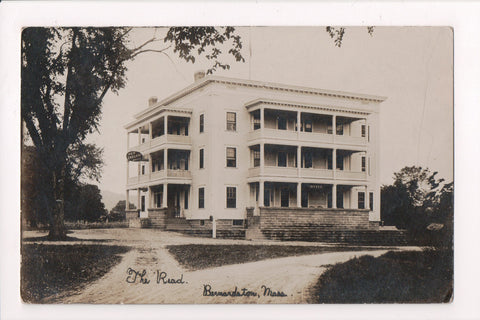 MA, Bernardston - The READ, Real Photo postcard, RPPC of hotel - BP0014