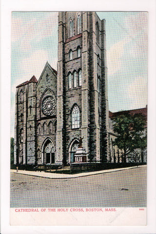 MA, Boston - Cathedral of the Holy Cross, vintage postcard - CP0028