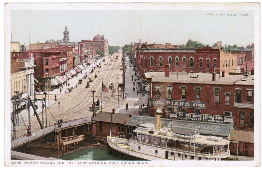 MI, Port Huron - Huron Ave and Ferry Landing postcard - C08520