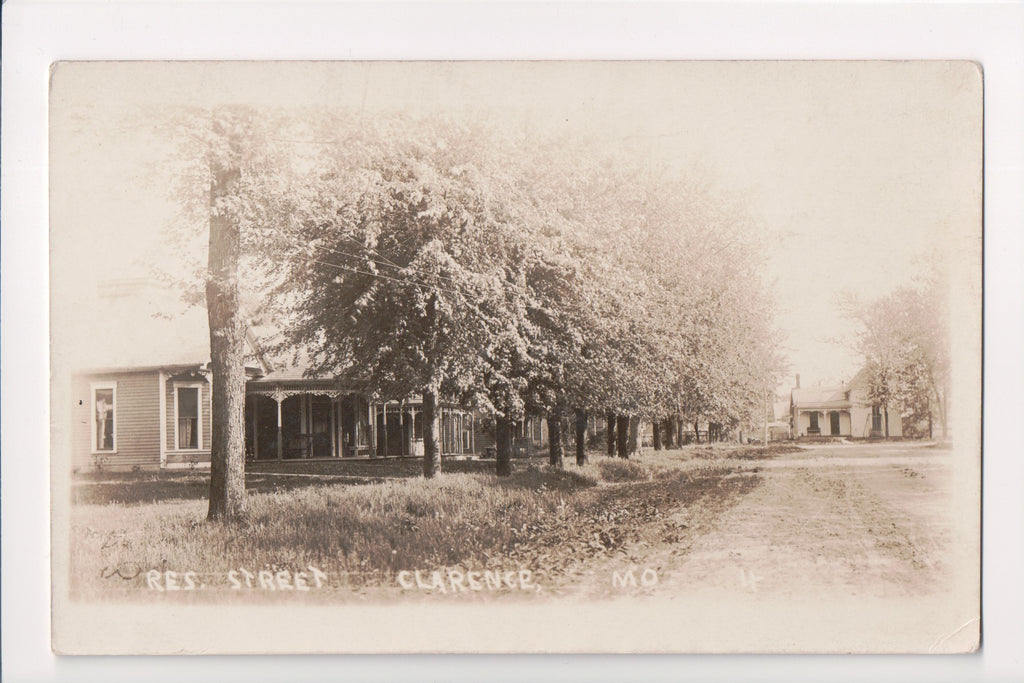 MO, Clarence - Residential street scene - RPPC - G06012