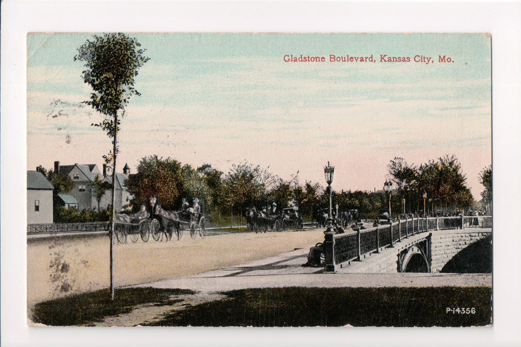 MO, Kansas City - Gladstone Boulevard, carts on bridge - A12498