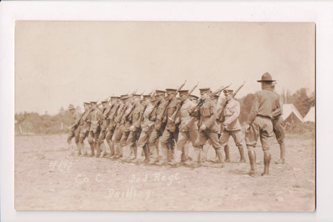 MISC - Military Men Drilling, Co - C 3rd Regiment - RPPC - D06121