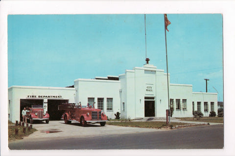 NC, Carolina Beach - Fire Department, Fire Truck, City Hall - B17086