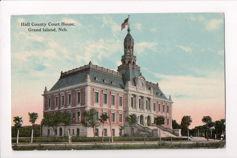 NE, Grand Island - Hall County Court House postcard - C17453