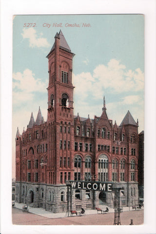NE, Omaha - City Hall, large WELCOME sign over street - R00461