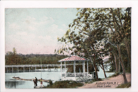NJ, Asbury Park - Deal Lake - Gazebo, bikes postcard - B10054