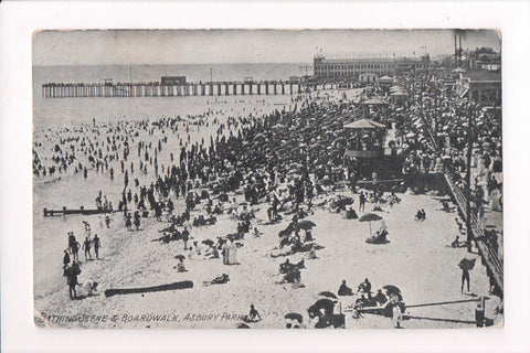 NJ, Asbury Park - Beach scene and boardwalk postcard - C17714
