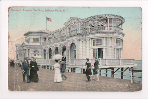 NJ, Asbury Park - Seventh Avenue Pavilion, people - Z17059 - **DAMAGED / AS IS**