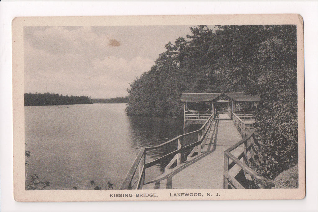 NJ, Lakewood - Kissing Bridge - close up of wooden bridge - w03819