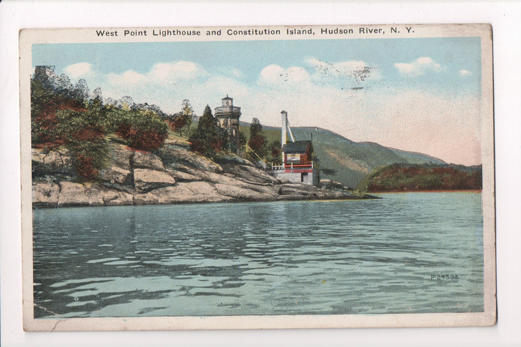 NY, Hudson River - West Point Lighthouse, Constitution Island - B17165