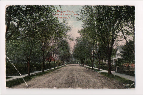 NY, Freeport - Bergen Place north of Randall Ave - Long Island - C06580