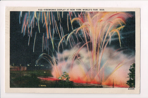 NY, New York City - 1939 Worlds Fair - Fireworks Display postcard - D05465