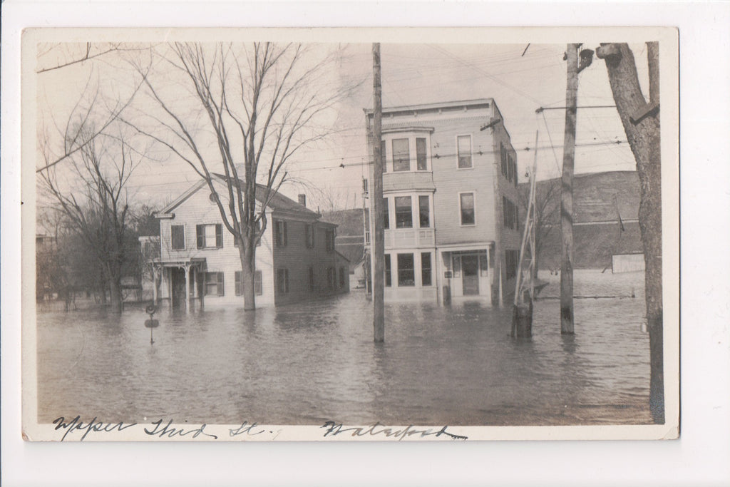 NY, Waterford - Upper Third St with 2 houses, flooded RPPC - MB0315