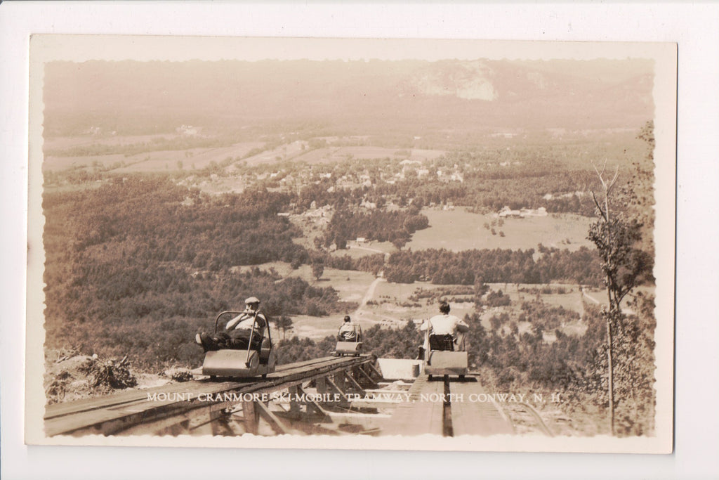 Train - Railroad Mobile Tramway cars, people - Mount Cranmore - RPPC - R00776