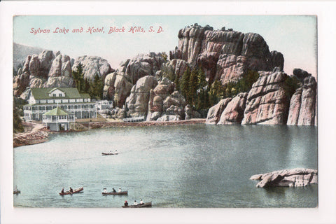 SD, Black Hills - Sylvan Lake and Hotel, vintage postcard - C08233