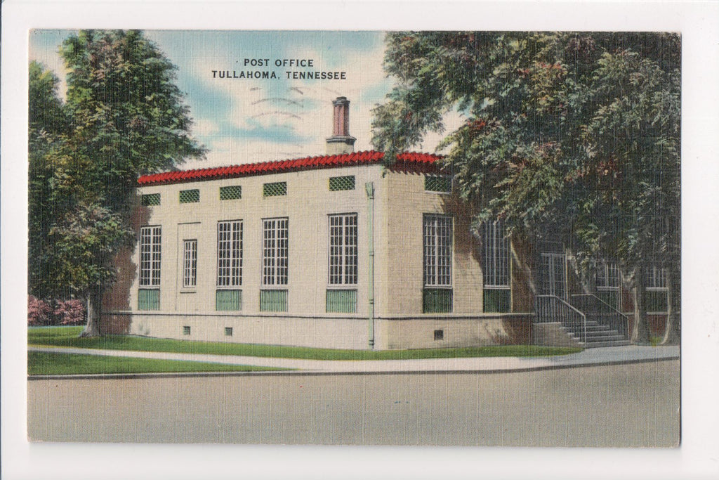 TN, Tullahoma - Post Office postcard - F09123