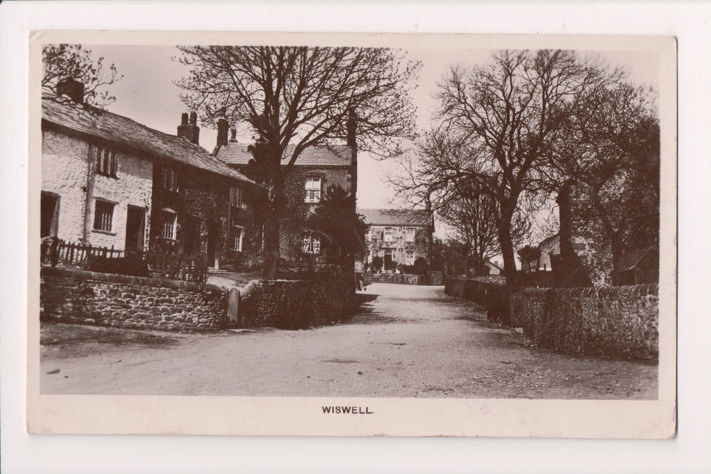 Foreign postcard - Wiswell, England - UK - RPPC - WV0023
