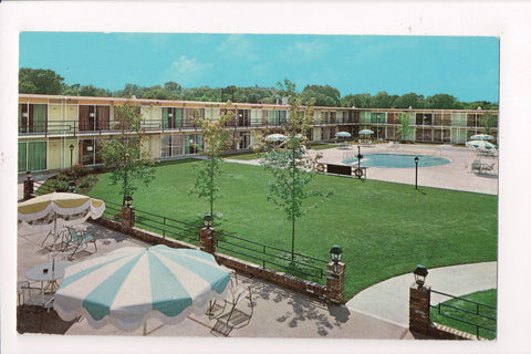 KY, Bowling Green - HOLIDAY INN postcard - Highway 31 W Bypass - C08257