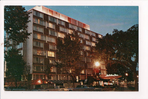 DC, Washington - HOLIDAY INN postcard - 1615 Rhode Island Ave, NW - D05486