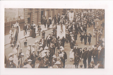 Misc - Parade of some Benevolent society? - Germany - Panorama sign - w02825