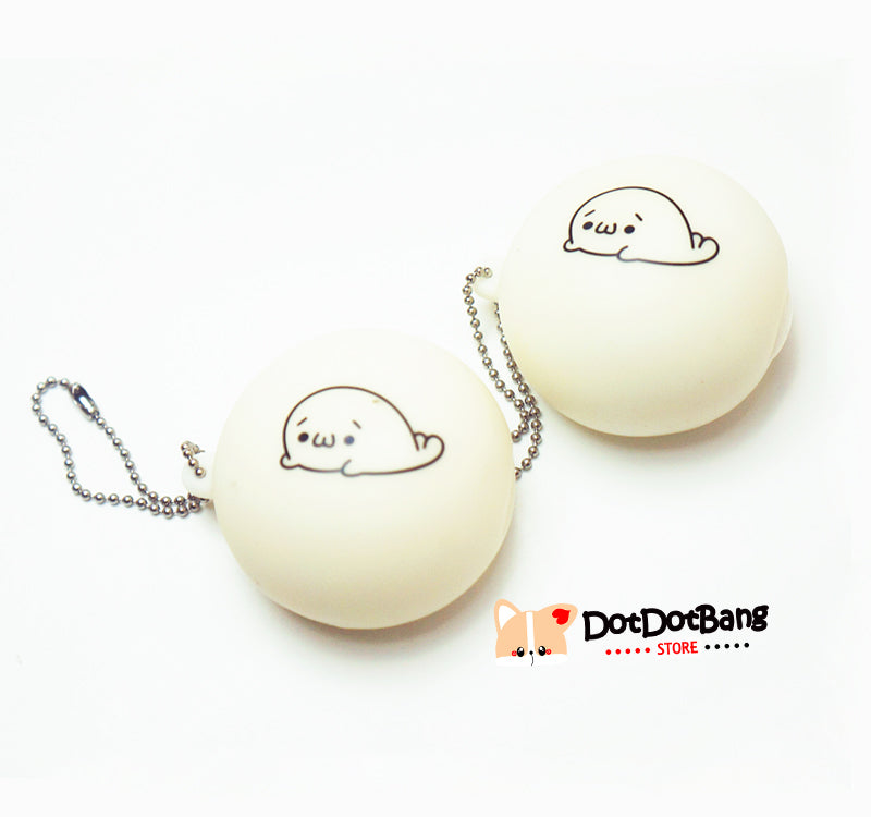 Kawaii Milky White Seal Bun Squishy Squeeze Toy