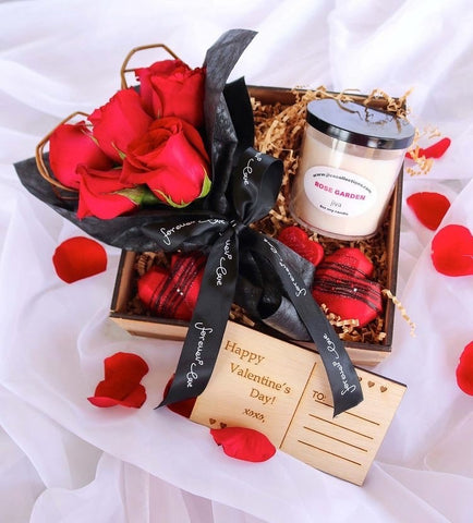 Mini Rose Bouquet & Candle in a Wooden Gift Box