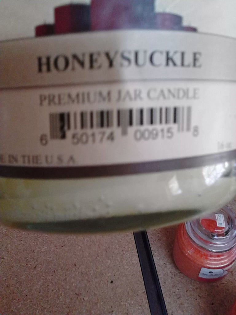 16 oz jar Honeysuckle Candle