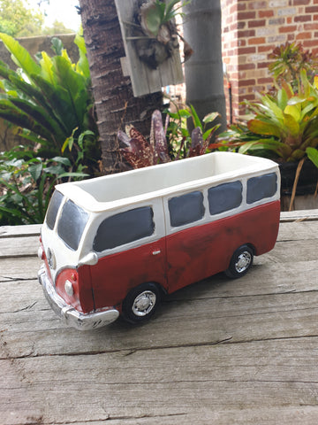 Combi Van - Planter Red