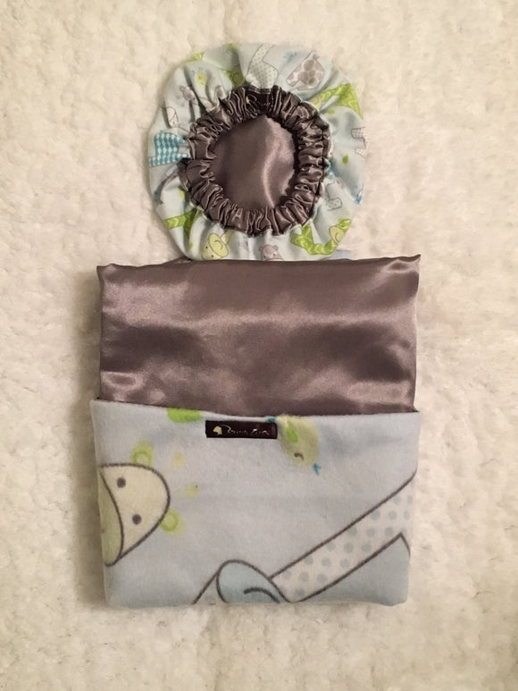 Bonnie's Bundle Newborn Satin Bonnet and Blanket Gray Giraffes