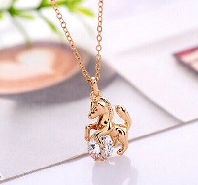 1Pcs Alloy Horse With Crystal Pendant Animal Necklace - Bestshopup