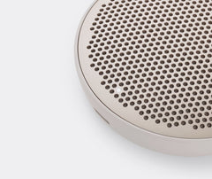 Beoplay P2 Sandstone