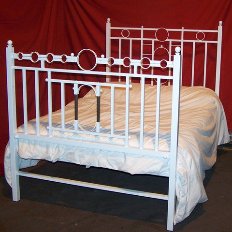 King Size – Gloss White Bondage Bed
