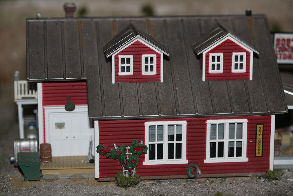 Bobs Country Store - Hobby Hunter NZ Model Railway