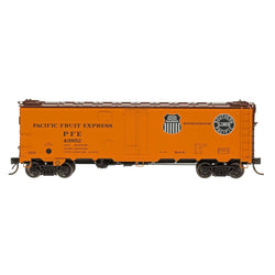 Refrigerator Car - HO Intermountain #46703 R-40-10 Refrigerator Car PFE Black & White Double Herald