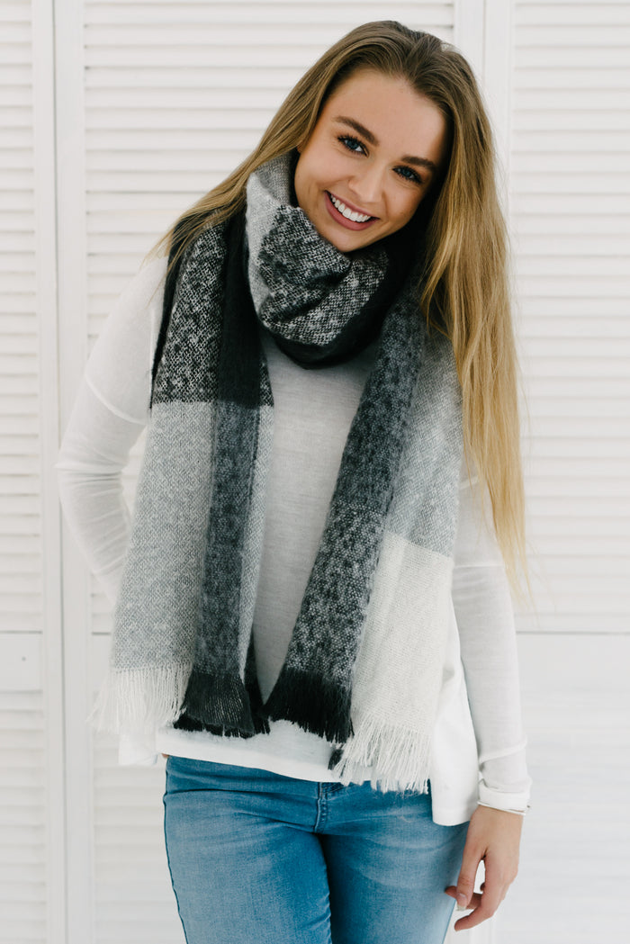 Paterson Scarf - Grey