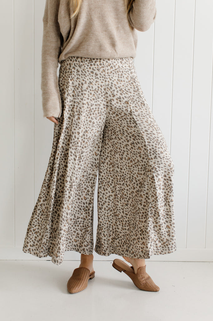 Lana Wide Leg Pants - Betty Lane