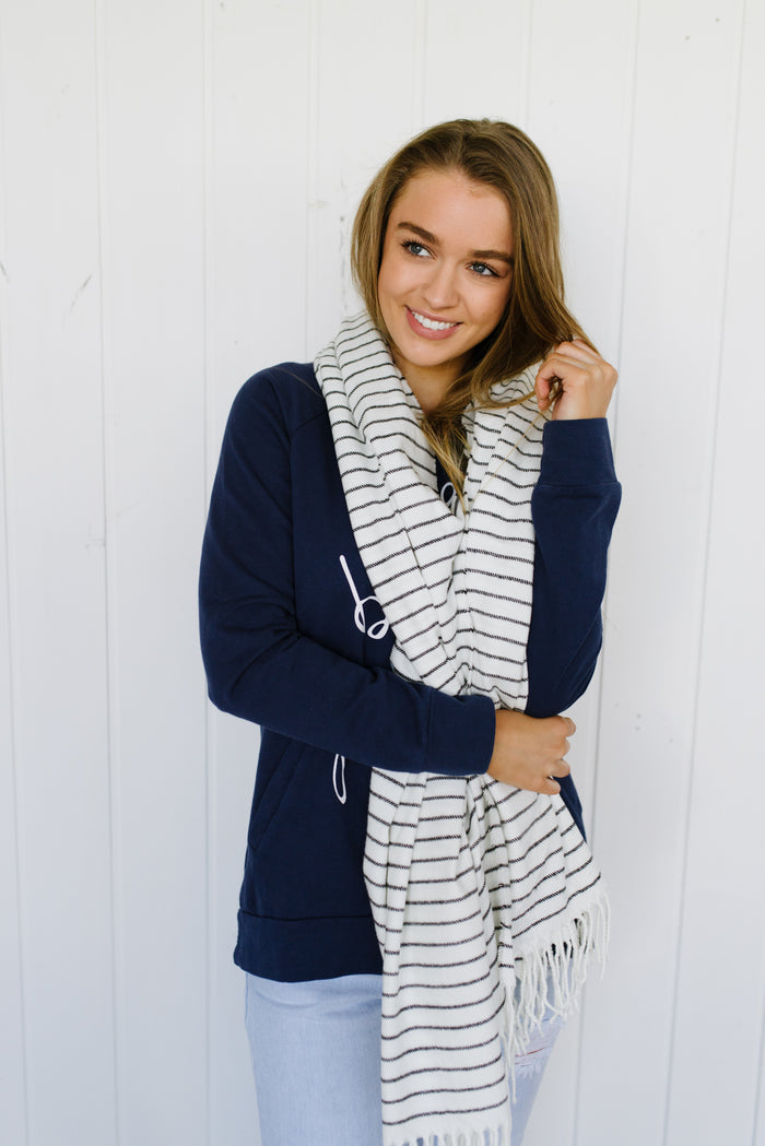 Womens large black and white stripe scarf