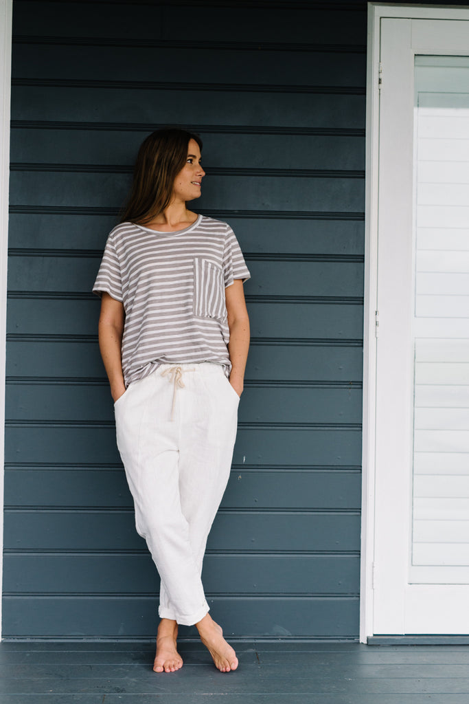 Womans white linen pants