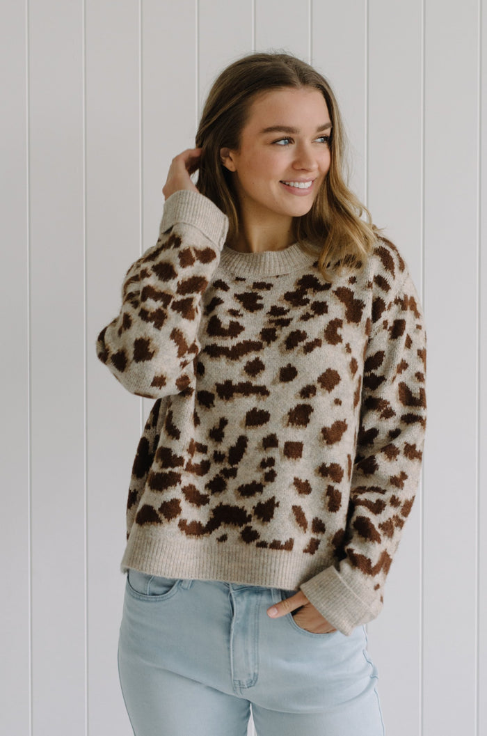 Women's brown leopard knit