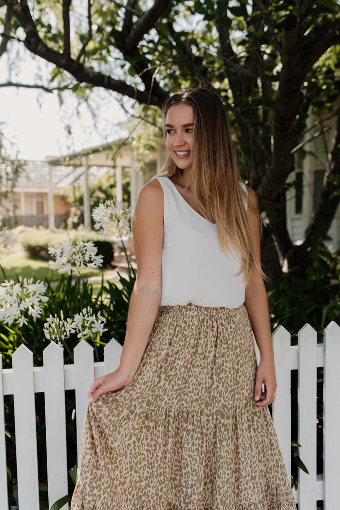 Betty Lane | women's Leopard Honeydew Skirt