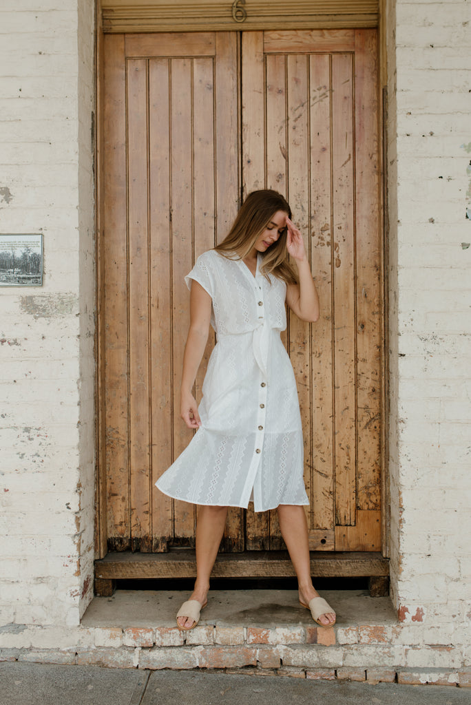 Betty Lane | White cotton Flatter Me Dress
