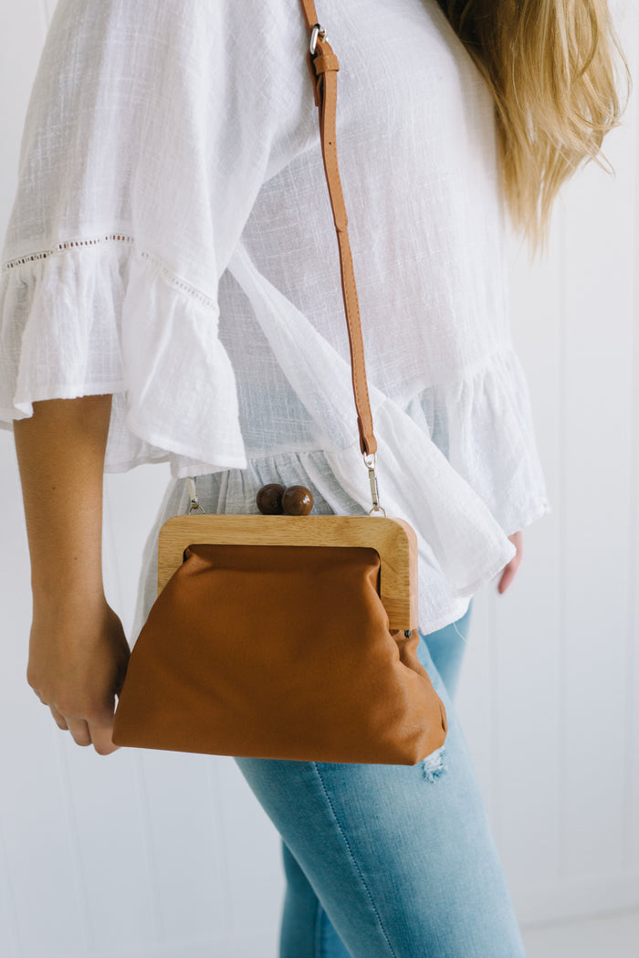 Poppy Timber Clutch - Tan