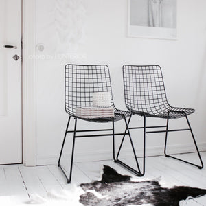 Metal wire chair black