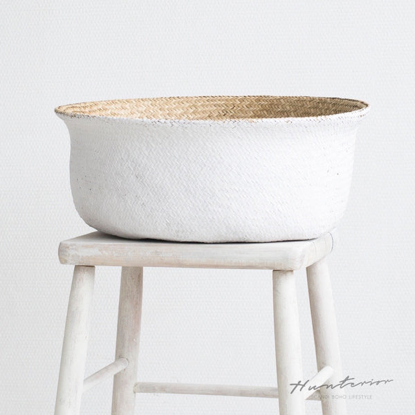 Natural/White Seagrass Basket L