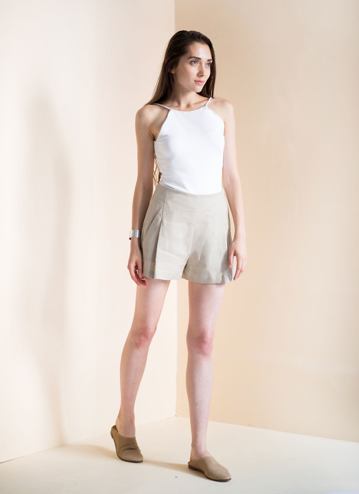 Wholesale Emily Short | Linen