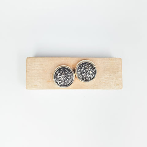 Noon (2s) Magnetic Brooch