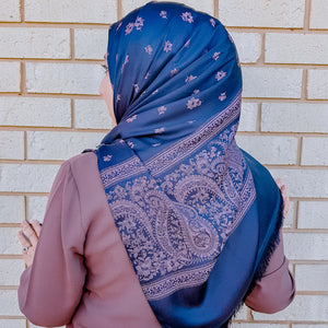 Aysun Reversible Shawl