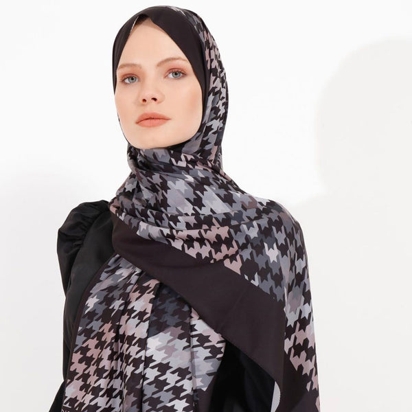 Naya Shawl (Black)