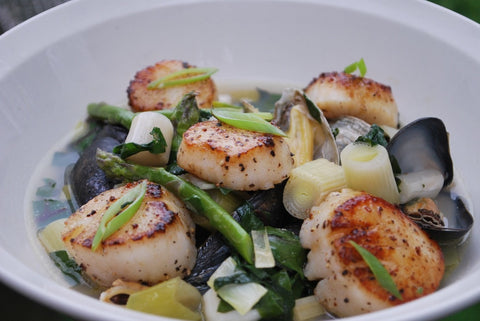 Fresh Scallops & Mussels