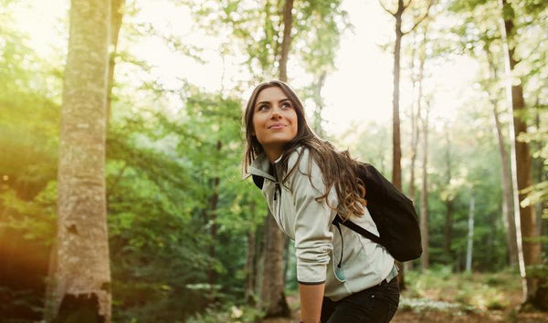 6 Essential Health Benefits of Forest Bathing with Aromatherapy